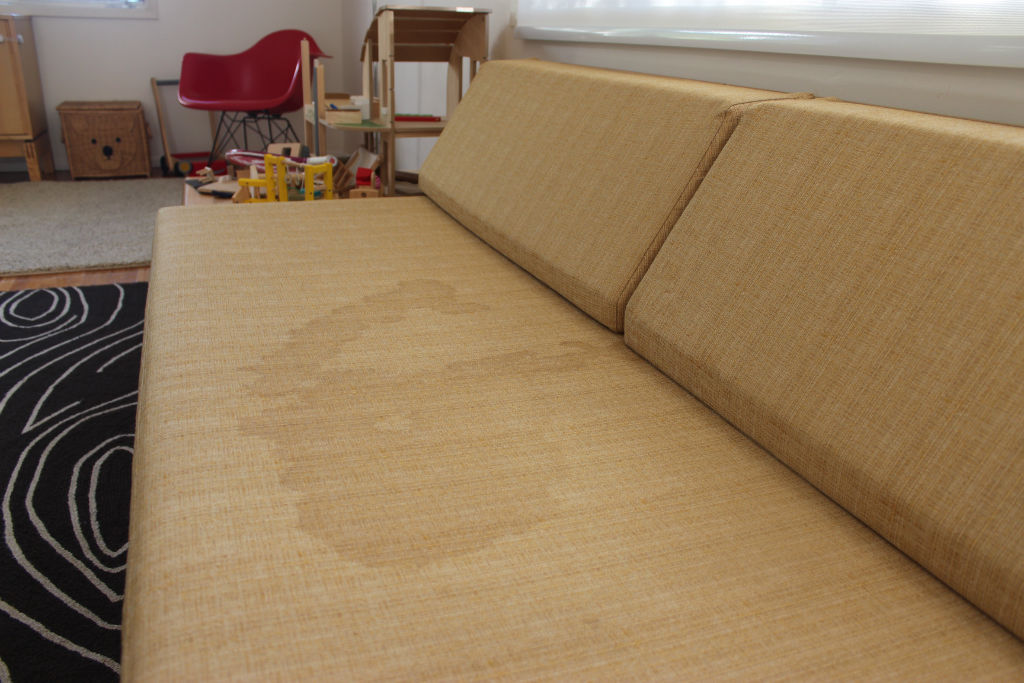 how to get oil stain out of fabric couch